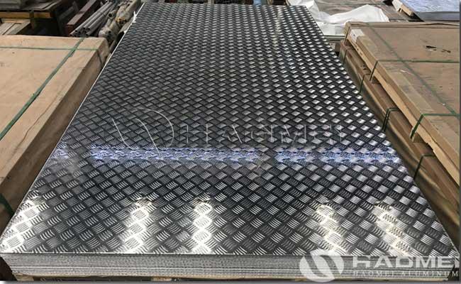 plancha de aluminio estriada